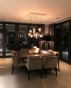 Luxus und elegante Esszimmer Ideen 17 room – Luxury and Elegant Dining Ideas 17 – Kitchen Decorations Luxury and Elegant Dining Ideas 17 Elegant Dining Room, Luxury Dining Room, Dining Room Lighting, Dining Room Design, Dining Room Modern, Kitchen Lighting, Square Dining Room Table, Luxury Living, Luxury Rooms