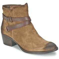Just love these brown suede ankle boots by Tamaris for this Fall