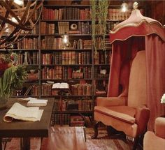 Eye For Design / this would make a perfect secret room for all of my witchy stuff