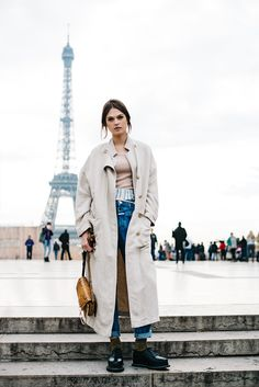 Posing in Paris — The Locals – Street Style from Copenhagen and elsewhere Hipster Fashion, Minimal Fashion, Net Fashion, Fashion Men, High Fashion, Paris Outfits, Fashion Outfits, Nostalgia, Ace And Jig