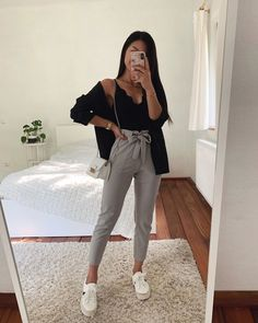 Source by teenager outfits casual 17 ideas for how to wear red skirt Outfits Teenager Mädchen, Teenage Outfits, Winter Fashion Outfits, Look Fashion, Girl Fashion, Fashion Pics, Casual Summer Fashion, Outfits For School, Hijab Fashion