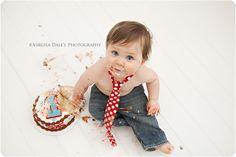 Photo angle for smash cake photo- i already posted his birthday photos. i wanna do a smash cake on his birthday :)