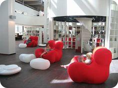 Openbare Bibliotheek - Amsterdam. Regelmatig voorleesochtenden en knutselmiddagen. #opstapmetkinderen