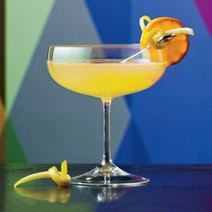 Muddled clementine, lemon juice and limoncello make this French 75 variation a beautiful bright yellow color. An orange wheel garnish finishes off the citrus trifecta.