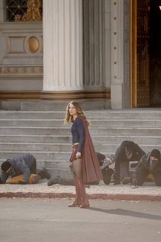 Supergirl #1x17 • Manhunter