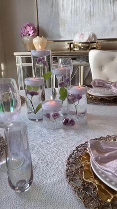 Craft Room Decor, Diy Crafts For Home Decor, Diy Crafts For Gifts, Diy Arts And Crafts, Diy Centerpieces, Table Decorations, Vases Decor, Dollar Tree Decor, Dollar Tree Vases