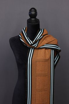 Bamboo scarves handwoven by Pamela Whitlock. Handwoven bamboo quilts from sosumi weaving. Woven Scarves, American Crafts, Diy Craft Projects, Color Trends, Hand Weaving, Knitting Patterns, Two By Two, Cashmere, Arts And Crafts