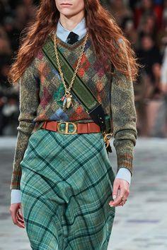 Fashion Now, Moda Fashion, Fashion Week, Fashion 2020, Spring Fashion, Fashion Looks, Womens Fashion, Fashion Trends, 1950s Fashion