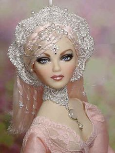 fashion doll, absolutely beautiful, Lou Creations