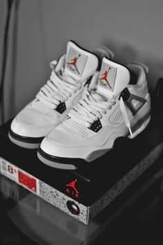 Cement 4's. One of THE freshest sneakers Jordan put out....,<-----Truth