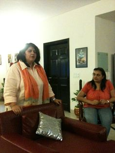 Anamika, Tea expert, conducting the Tea Tasting session at our home stay