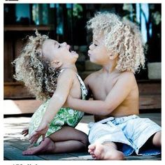 mixed babies are the cutest! Precious Children, Beautiful Children, Beautiful Babies, Beautiful People, Beautiful Beach, Cute Kids, Cute Babies, 3 Kids, Curly Hair Styles