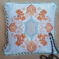 Timeless Era Pillow Quilt