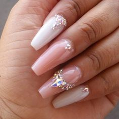 bride nails decorated with rhinestones # You uñasdecoradas Acrylic Nails Stiletto, Natural Acrylic Nails, White Acrylic Nails, Almond Acrylic Nails, Summer Acrylic Nails, Almond Nails, Rhinestone Nails, Bling Nails, My Nails