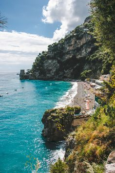 Seaside Sleeping on the Amalfi Coast // Hotel Pupetto • The Overseas Escape