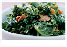 Salads, nutrition and no fat, live healthy on uncoked salads Shredded Kale Salad