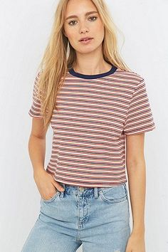 Urban Outfitters – Gestreiftes Crop Top in Rot