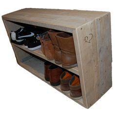 schoenenrek-steigerhout-bij-kapstop