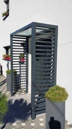 Home Entrance Decor, Modern Entrance, House Entrance, Marquise, Garden Lighting Diy, Porch Doors, Front Porch Design, House With Porch, Home Deco
