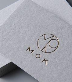 평량 530g/m² 신제품 에코룩스가 출시되었습니다. – Paper& Co. Brand Identity Design, Branding Design, Corporate Branding, G Logo Design, Co Design, Corporate Design, Business Logo, Business Card Design, Letterpress Business Cards