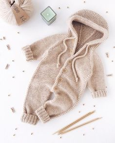 - Her Crochet Baby Boy Knitting, Knitting For Kids, Baby Knitting Patterns, Baby Patterns, Knitted Baby Clothes, Baby Sweaters, Baby Girl Fashion, Baby Wearing, Baby Boy Outfits