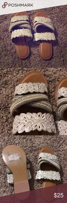 Anthropologie Jasper Jeera Floretta Sandals 39 9 Only worn once! Still new :) Anthropologie Shoes Sandals