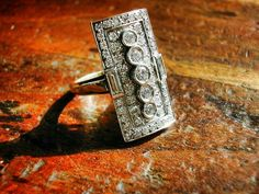 Bague Joaillerie bicolore pavage diamants taille brillant et baguette