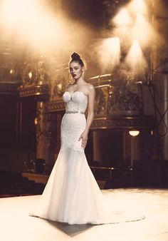 Paloma Blanca 4700 Mermaid Wedding Dress/ La Jeune Mariee