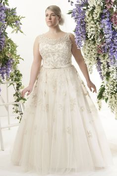 New Top 10 Plus Size Wedding Dress Designers By Pretty Pear Bride  @XO69