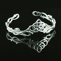 Unique Celtic Jewelry Great for ideas for my findings