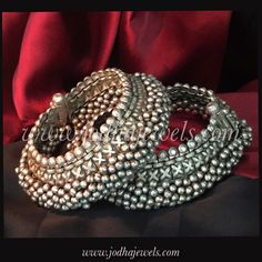 Silver jewelry For Prom Necklaces - - Silver jewelry Handmade Ideas - Real Gold Jewelry, Silver Jewelry Box, Silver Jewellery Indian, Wedding Jewelry, Beaded Jewelry, Silver Ring, Jewelry Party, Ankle Jewelry, Hand Jewelry
