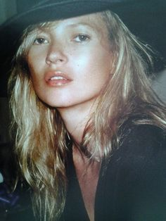 Kate Moss looks good in any amount of makeup...whats her secret? great skincare! #skincare #olay #antiaging