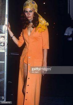 circa New York. (Photo by Art Zelin/Getty Images) Wrap Dress, Dress Up, Shirt Dress, Karen Black, Black Actresses, Golden Globe Award, American Actress, Darkness, Singer