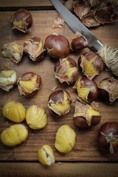 How To Roast Chestnuts : The Healthy Chef – Teresa Cutter Healthy Chef, Healthy Snacks, Healthy Eating, Healthy Recipes, Ravioli, Chestnut Recipes, Roast Pumpkin, Food Hacks, Holiday Recipes