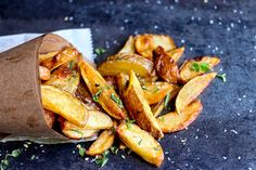 Herbed Bistro Fries from Spike Mendelsohn's Good Stuff Eatery in Washington, D. Vegetable Dishes, Vegetable Recipes, Vegetarian Recipes, I Love Food, A Food, Good Food, Dinner Party Recipes, Appetizer Recipes, Food Truck Menu