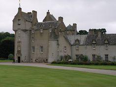 Kyle Of Lochalsh, The Forth, Scottish Castles, Inverness, Scottish Highlands, Dundee, Beautiful Buildings, Distillery, Edinburgh