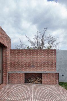 Gallery of Brick House in Brick Garden / Jan Proksa - 10