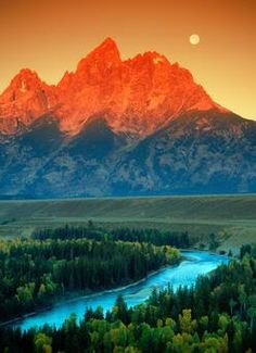 Jackson Hole, Wyoming - need to visit again!!! One of the, if not THE, prettiest places I've ever been.