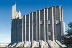 Le pêchaillon visite Royan ville de la côte de Beauté