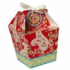 Paisley Takeaway Style Wedding Favour Boxes - oriental wedding theme  http://www.uniqueweddingfavours.co.uk/weddingfavours/Paisley-Takeaway-Style-wedding-favour-Boxes-1156.html