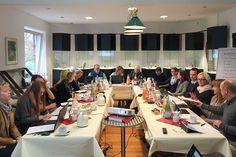 Große Gruppe beim Soziale Medien Grundlagen-Workshop