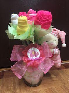 Flores hechas con gorros, para bebé