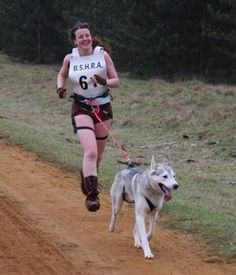 Mel takes part in a canicross race
