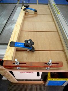 Adjustable Taper/Ripping Jig - by steliart @ LumberJocks.com ~ woodworking community