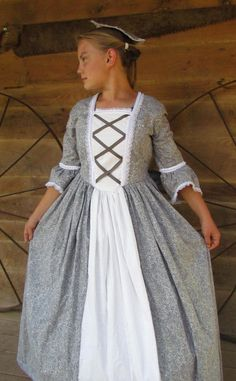 Historical Handmade Modest American Colonial Pioneer Girl -Gray Ball Gown- Child Sizes up to 14 Diy Girls Costumes, Halloween Costumes For Girls, Costumes For Women, Halloween Kids, Pioneer Costume, Pioneer Dress, Pioneer Girl, Pioneer Clothing, Princes Dress