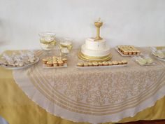 Desert table for first Comunion boy
