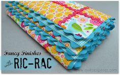 Here's a quick and fancy finish in the simplest way possible. using Ric-Rac ! Today's tutorial is sponsored by Riley Blake Designs. Quilting Tips, Quilting Tutorials, Machine Quilting, Quilting Projects, Sewing Tutorials, Free Tutorials, Baby Sewing Projects, Sewing Hacks, Fun Projects
