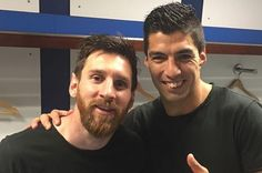 """Luis Suarez hails """"best player in history"""" Lionel Messi after Barcelona star's El Clasico winner http://www.mirror.co.uk/sport/football/news/luis-suarez-hails-lionel-messi-10284663"""