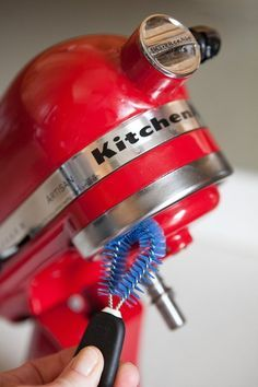 How To Clean a Stand Mixer is part of Kitchen aid recipes - The flour and batter spills that come along with each use will show in time Deep Cleaning Tips, House Cleaning Tips, Spring Cleaning, Cleaning Hacks, Kitchen Aid Recipes, Kitchen Aid Mixer, Kitchen Hacks, Kitchen Appliances, Kitchen Stuff