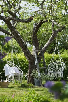 Gorgeous garden seating by House of Pictures
